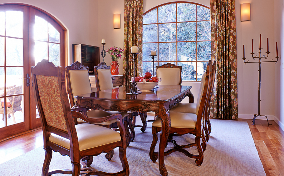 27-Tuscan Dining Room